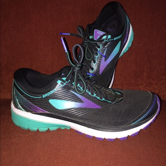 a93c5ad83b884 Brooks Shoes - Brooks Ghost 10 size 10.5
